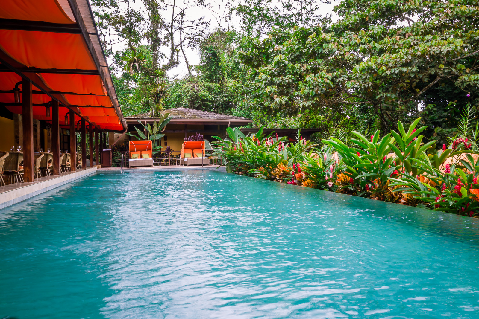 Luxury and romance in costa rica arenal springs resort for Luxury vacation costa rica